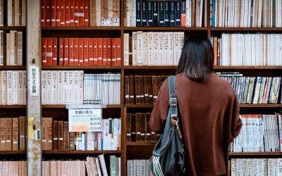 #Concurs   Alexia Schirliu –  România – altarul bibliotecii mele